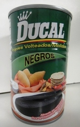 Refried Black Beans Frijoles Negros refritos 15.5o